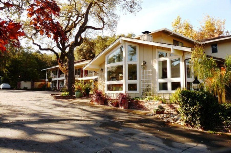 Saratoga Oaks Lodge